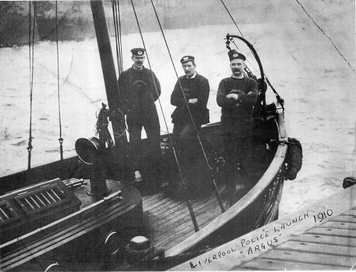 Steam Launch 'ARGUS'; The River Police Department was formed in 1865 to combat thefts of cargo from the dockside areas and also to prevent shanghaiing on the River Mersey. Tony Roach Collection